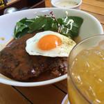 アロハテーブル ハワイアン カフェ アンド ダイナー - ロコモコ丼