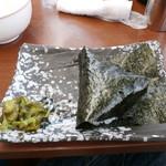 武蔵ラーメン - おにぎり\86(税込)