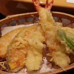 がんこ - 天ぷらはエビ、カボチャ、インゲン、レンコン、ゴボウが各々×二つ