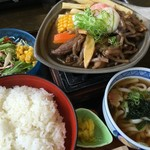 レストラン しん愛 - 牛すじ焼き膳