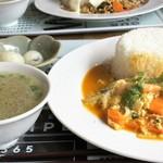タイサラ タイ レストラン - ランチ=海老プーパッポンカリー 850円