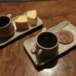 52173385 - 山田牧場バウムクーヘン・コーヒーセット(700円)