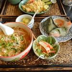 アジアンキッチン サワディー - 【ランチ】特製トムヤムそばと生春巻セット