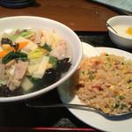 上海広場 - 五目麺 半チャーハン  780円