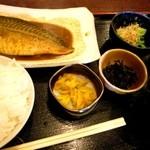志乃ぶ - 鯖味噌定食