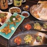 ええ処三十四番 - もつ鍋コース 2,500円 (キムチ・揚げ物・一品・スペシャルも鍋・鍋の〆・漬物)