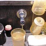 東京麺珍亭本舗 - お茶の蛇口