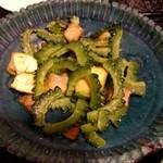 琉球料理 ぬちがふぅ - ゴーヤちゃんぷる。ランチョンミートではなく豚肉使用
