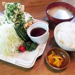 スマイリー - チキン南蛮定食