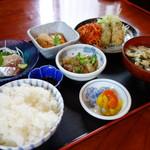 旬 - 料理写真:日替わり定食(\650税抜き)