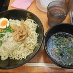 博多風龍 - 冷しざるラーメン半熟玉子 ¥650→600