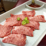 焼肉一番館 - タン刺し✩︎⡱