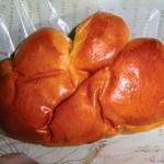 焼きたてパン タカヤマ - クリームパン