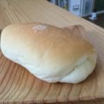 グリーンキャビン ブレッドスズキ - 塩パン