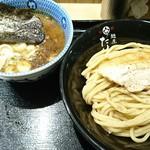 京都 麺屋たけ井 阪急梅田店 - 濃厚魚介豚骨つけ麺(小)830円
