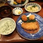 かつ吉 - 盛り合わせ定食(ロースかつ+フライ)