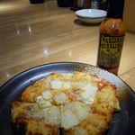 テング酒場 - 特選チーズピザ