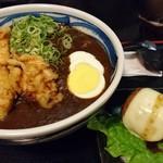 52228543 - 鶏天カレーうどん&肉巻きおにぎり+チーズトッピング(2016年6月)