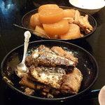 加賀屋 - 大根&鶏手羽先の煮物と、さんまの煮物♪