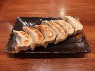 肉汁餃子製作所 ダンダダン酒場 荻窪店 - 肉汁焼き餃子(6個450円)