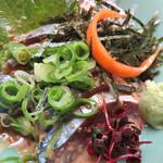 山のかおり 炭処姪浜 - 福岡のオフィシャル魚と言えば、サバ!       どこに行っても、メニューにあれば頼んでしまうゴマサバです(笑)。