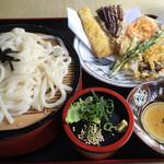 お多福うどん - Bセット=520円 野菜の天ぷら+ざるうどん