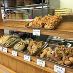 木の崎うどん - 惣菜コーナー