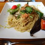 ガーデンカフェサンフルーリ - パスタ(野菜とキノコの和風・明太ぞえ)@ランチ