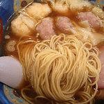 たんたん亭 - 小麦の香りも良い細麺ストレート