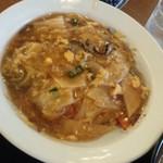 52250188 - 焼き飯の中華丼