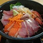 市場食堂 - 海鮮丼(新店舗)
