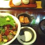 52258293 - まかない丼 720円 味噌汁お替わり無料