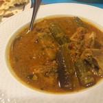 ガラムマサラ - 秋刀魚とオクラのカレー