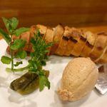 IZAKAYA VIN - 鶏白レバーのムース 900円