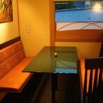 うなぎ屋 廣川 - テーブル席