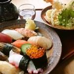 「旬のお寿司と天ぷら盛合せ」1人前