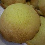 ぱん工房 フクフク - 料理写真:幸せの黄色いメロンパン 食べたら幸せ〜になっちゃう甘さと香りがたまらない