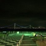 スターバックス・コーヒー 淡路サービスエリア(下り線)店 - 明石海峡大橋の夜景