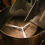 Bon Vivant  - 自家焙煎の豆を使用した薫り高い珈琲。