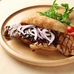 キリン一番搾りガーデン - サーロインステーキサンド