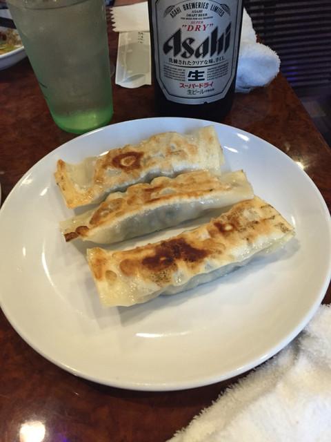 金葉 日暮里店 - 焼き餃子。中の餡が美味しかった!