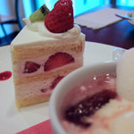 Rouge et Piquant - ルージュ エ ピコン ショートケーキ ヨーグルト