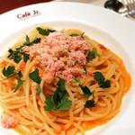 イタリアントマト カフェジュニア - 紅ずわいがにのトマトソースパスタ