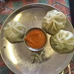 Nepali Restaurant YETI - モモ 本当は8個(食べちゃってから撮影w)680円