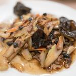 中華 大興 - 2016.6 牛肉とセロリの豆豉炒め(680円)