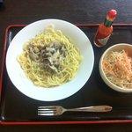 5231753 - きのこスパゲティー 野菜サラダ付 750円