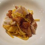 igrec - ジロール茸とつぶ貝のタリアテッレ♪とてもシンプルなお味です。