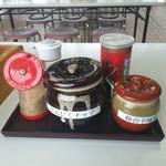 仙台とんこつラーメン 一番堂 - 卓上調味料に辛味噌が在りました