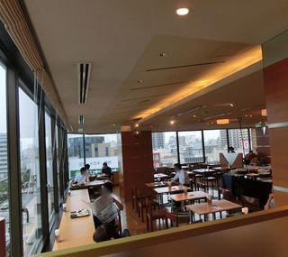 ホテルグランヴィア和歌山 ダイニングミユウ - 角部屋なので、明るく見晴らしが良い。