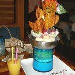 沖縄居酒屋 ちゅらり - ジャンボパフェ